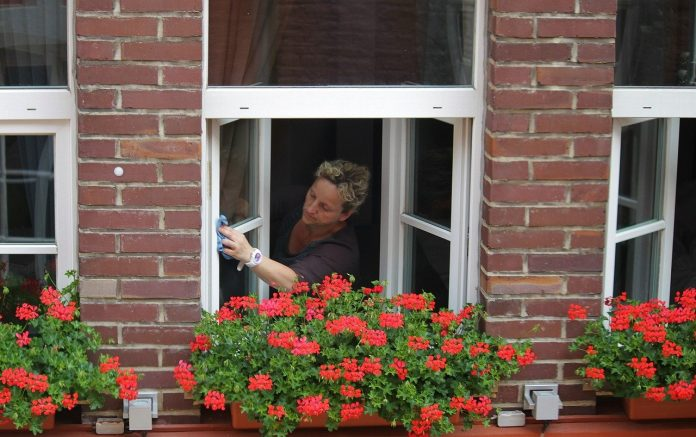 best solution for washing windows