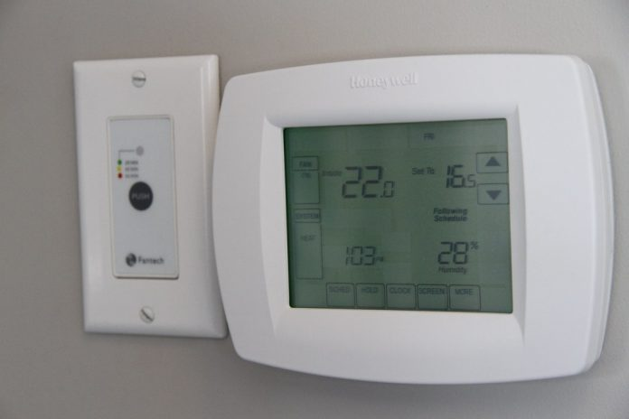 why is my thermostat not working