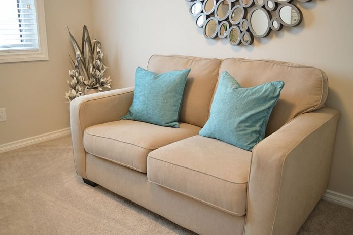 how to get water stains out of couch